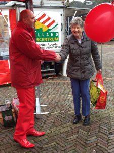 De PvdA op de markt in Brummen